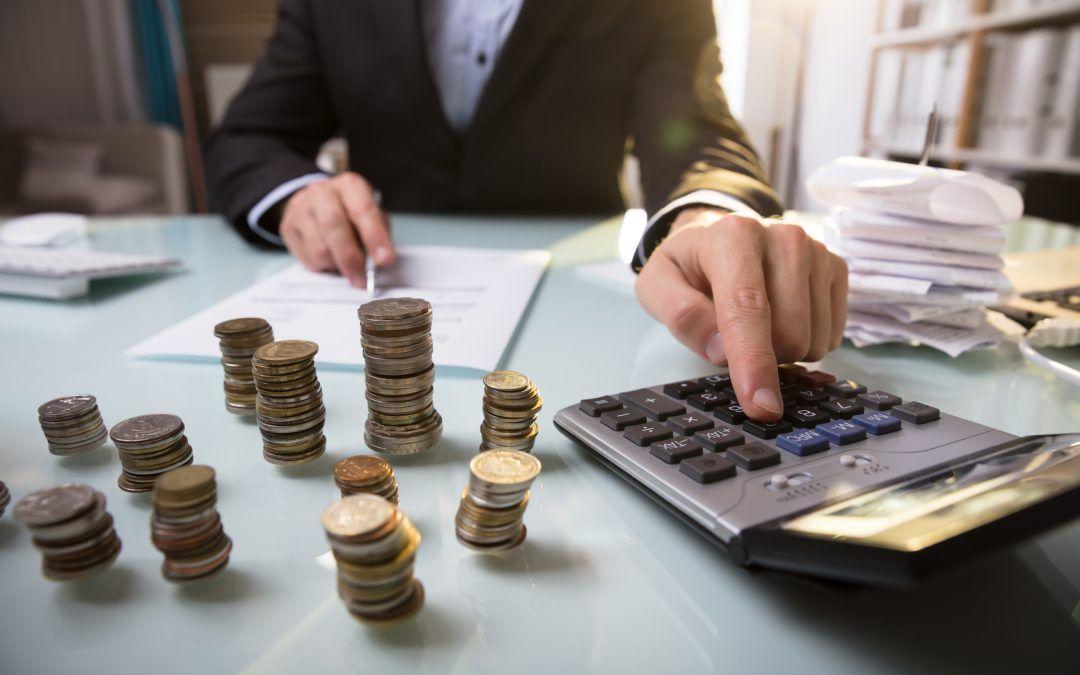 Hábitos de ahorro para evitar fugas en los bolsillos