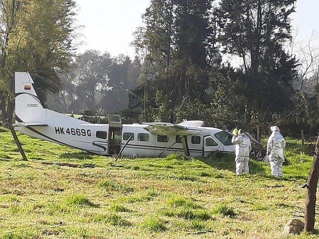De milagro sobrevivieron cuatro ocupantes de avioneta que cayó en la Sabana de Bogotá