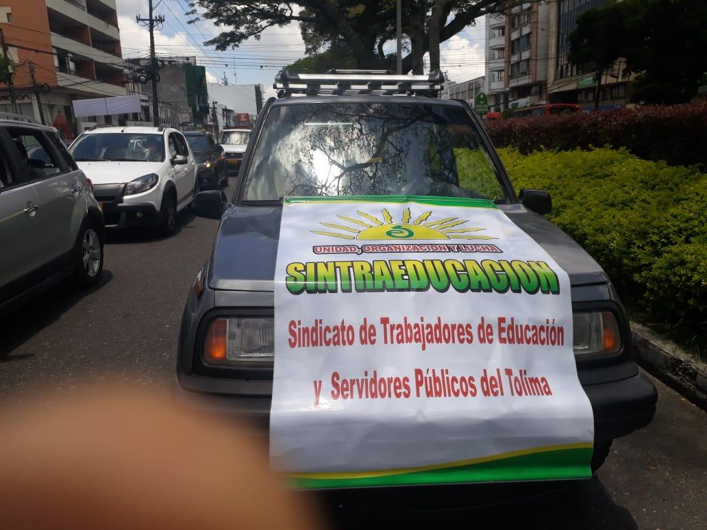 Caravana de protesta de Simatol se desarrolló en calma y orden