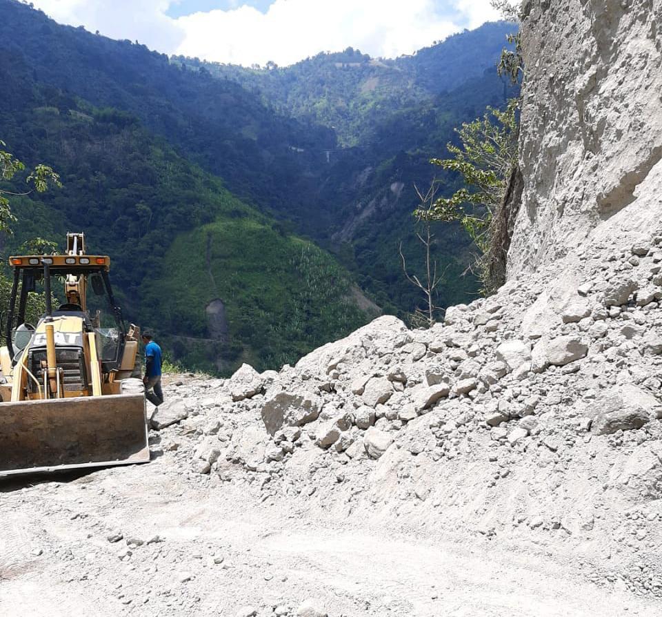 A buen ritmo avanza recuperación de la vía Ibagué – Tapias