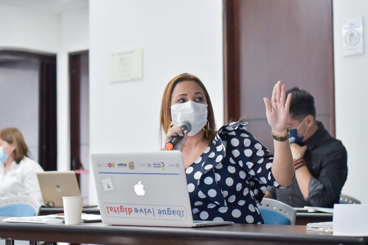 """""""No reposa ninguna orden de arresto en mi contra"""": Jenny Mesa, secretaria de Educación"""