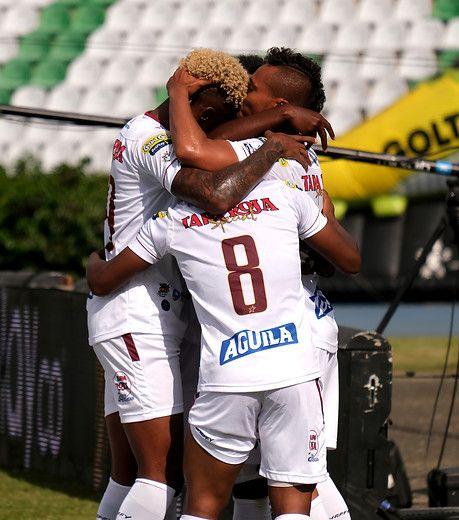 Tolima goleó 3-0 al Cúcuta, volvió al liderato y está 'casi clasificado'
