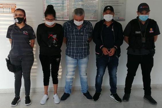 Los 'Yerbateros' traficaban marihuana camuflada en carpas de camiones o turbos