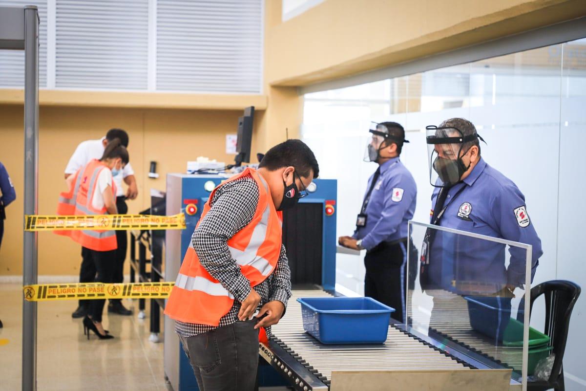 Así fue el primer día de reactivación de operaciones en el aeropuerto Perales