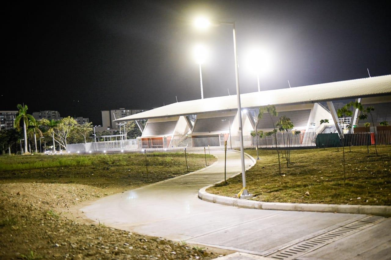 Alcalde Andrés Hurtado entregó las obras de urbanismo y paisajismo del Parque Deportivo