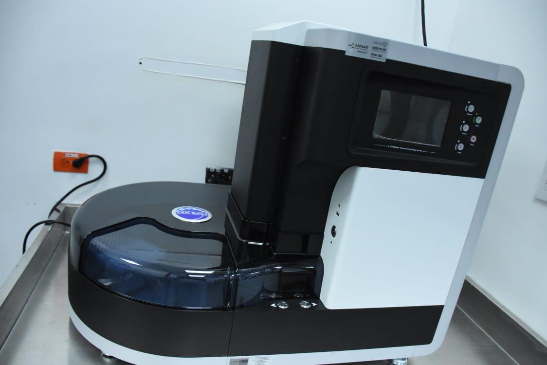 Laboratorio de Salud Pública pasará de 120 a 400 muestras de Covid-19 en turno de 12 horas
