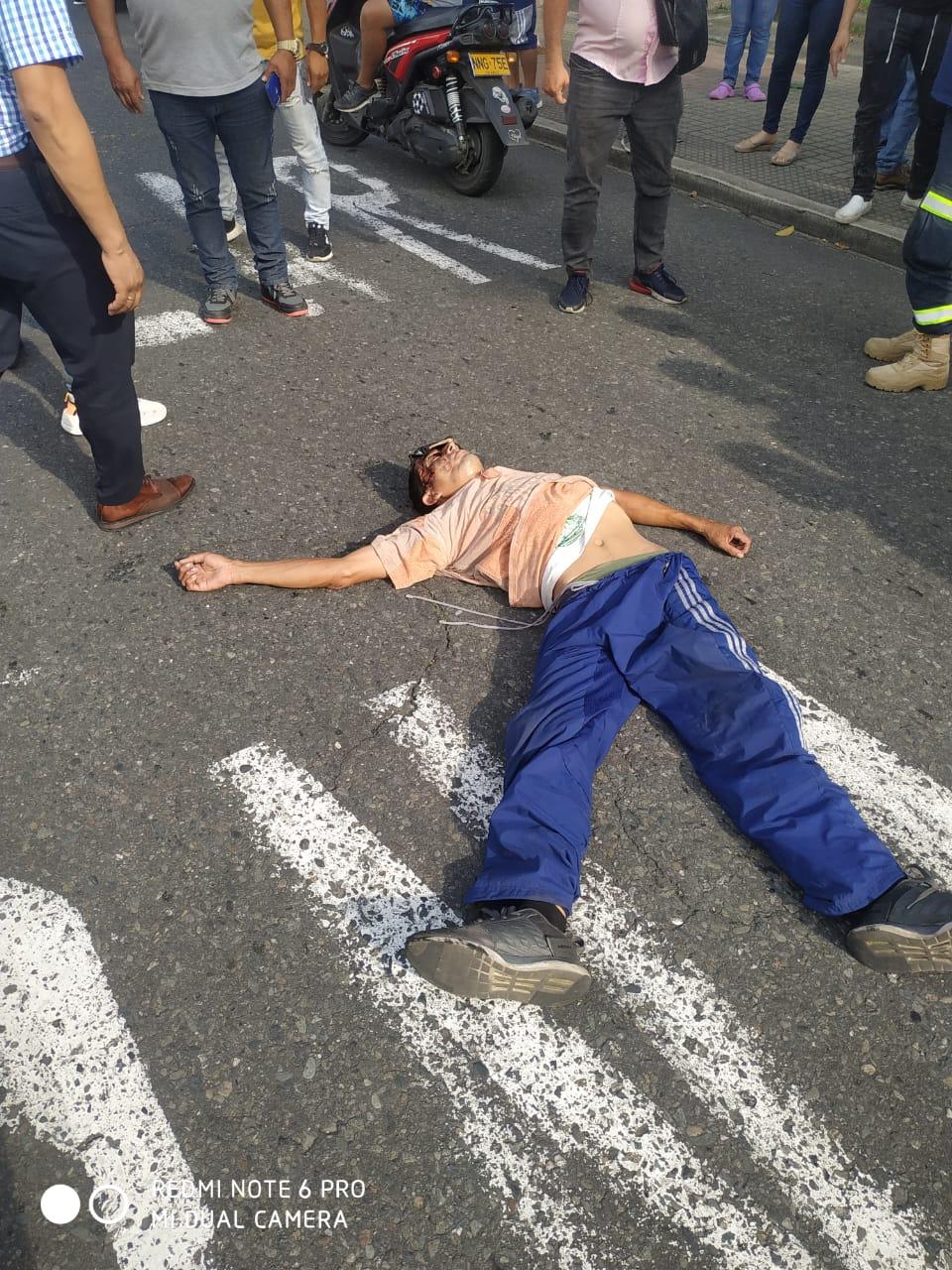 Peatón fue atropellado en la Quinta con 69