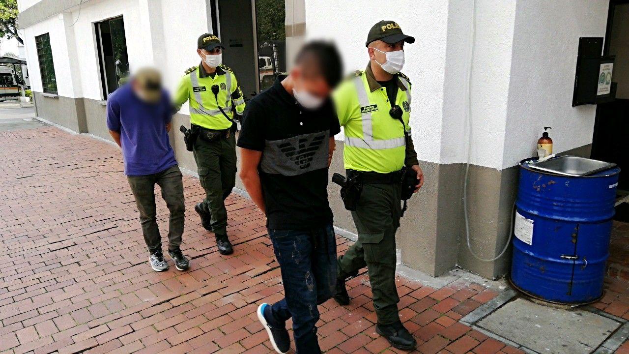 'Ahuyamas voladoras': Cayeron dos tipos con seis kilos de clorhidrato de cocaína