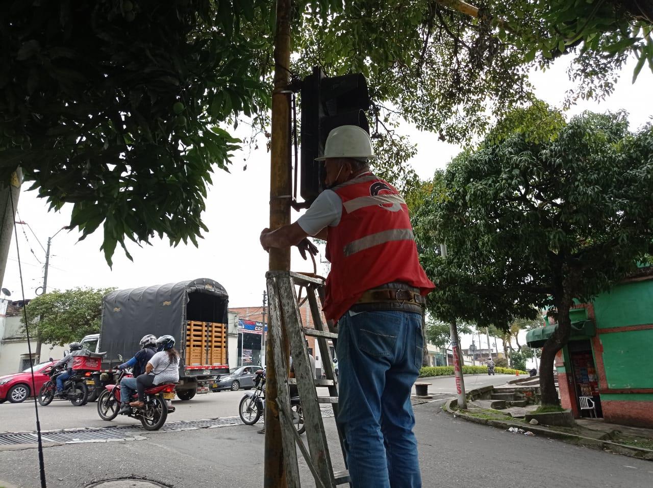Tras la pista del robo de cableado en red semafórica de Ibagué