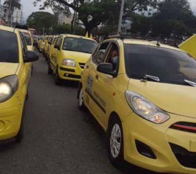 Taxistas ibaguereños se unieron a las protestas y movilizaciones en Bogotá
