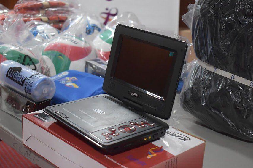 Indeportes Tolima entregan incentivos a ganadores de Juegos Intercolegiados