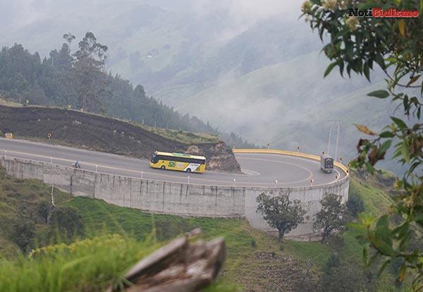 Flujo vehicular en el Alto de Letras se triplicó tras el cierre en La Línea