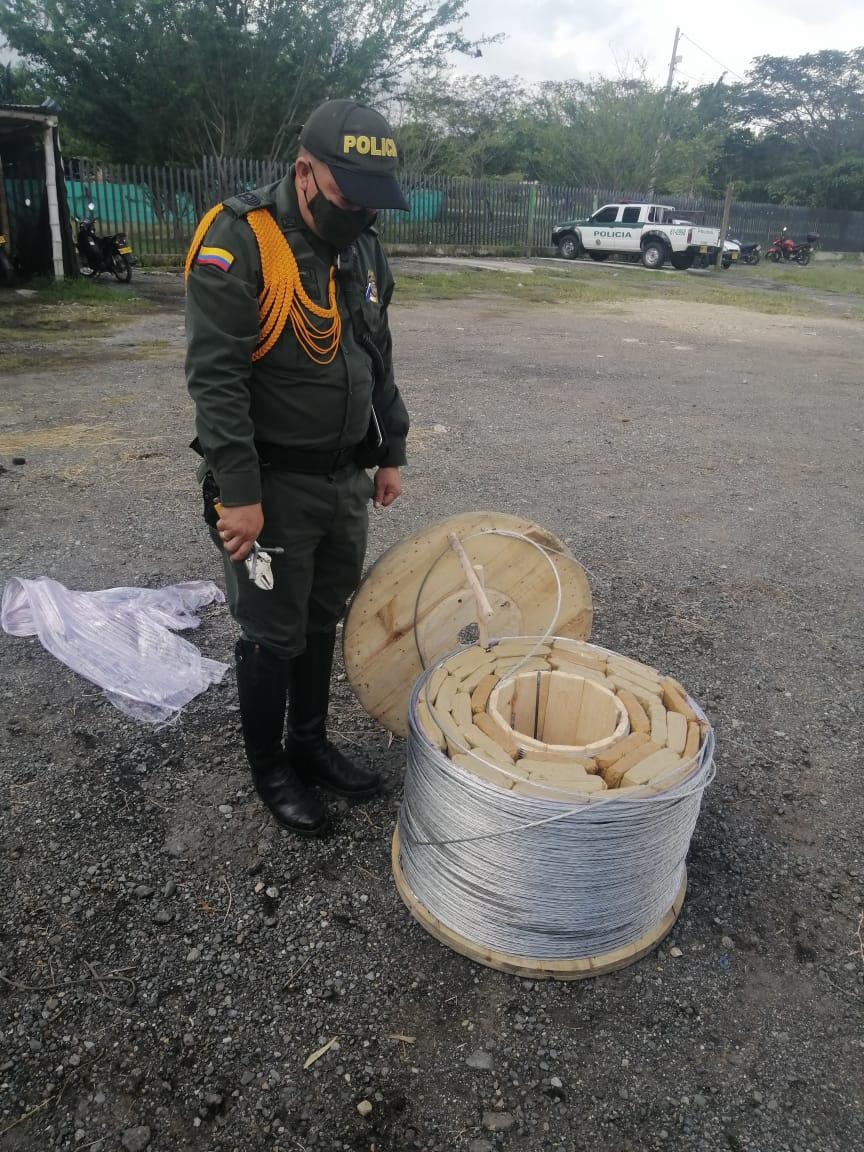 'Jeffry' detectó 37 kilos de marihuana en el baúl de un carro
