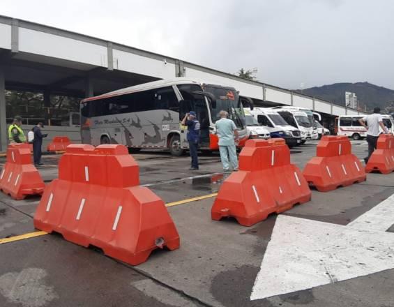 SuperTransporte investigará a empresa de buses por muerte de pasajera con Covid en la vía a La Línea