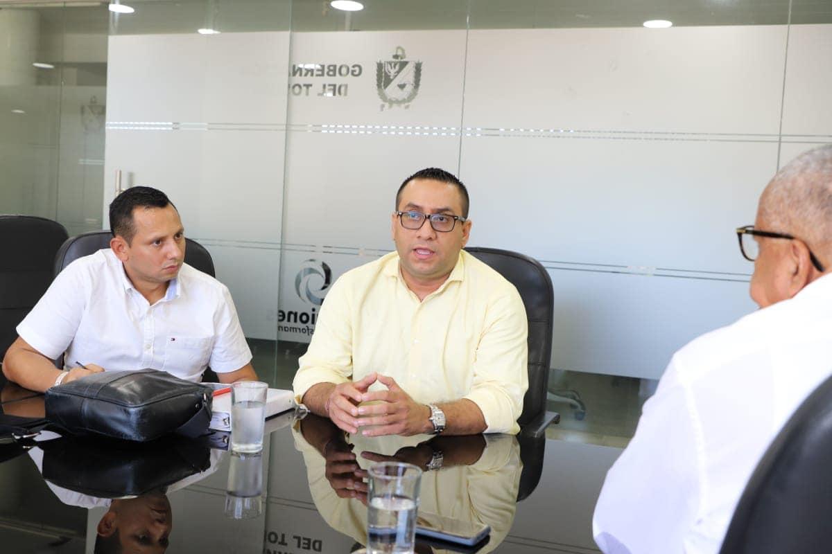 Cargos contra ex alcalde de Piedras por presuntas irregularidades en contratación del PAE