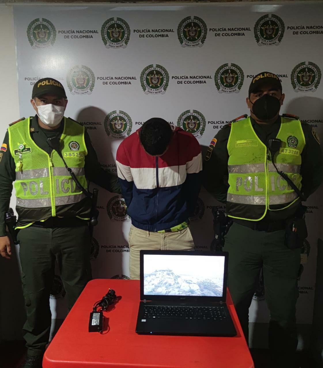 Capturaron al ladrón y raponero del semáforo del Combeima