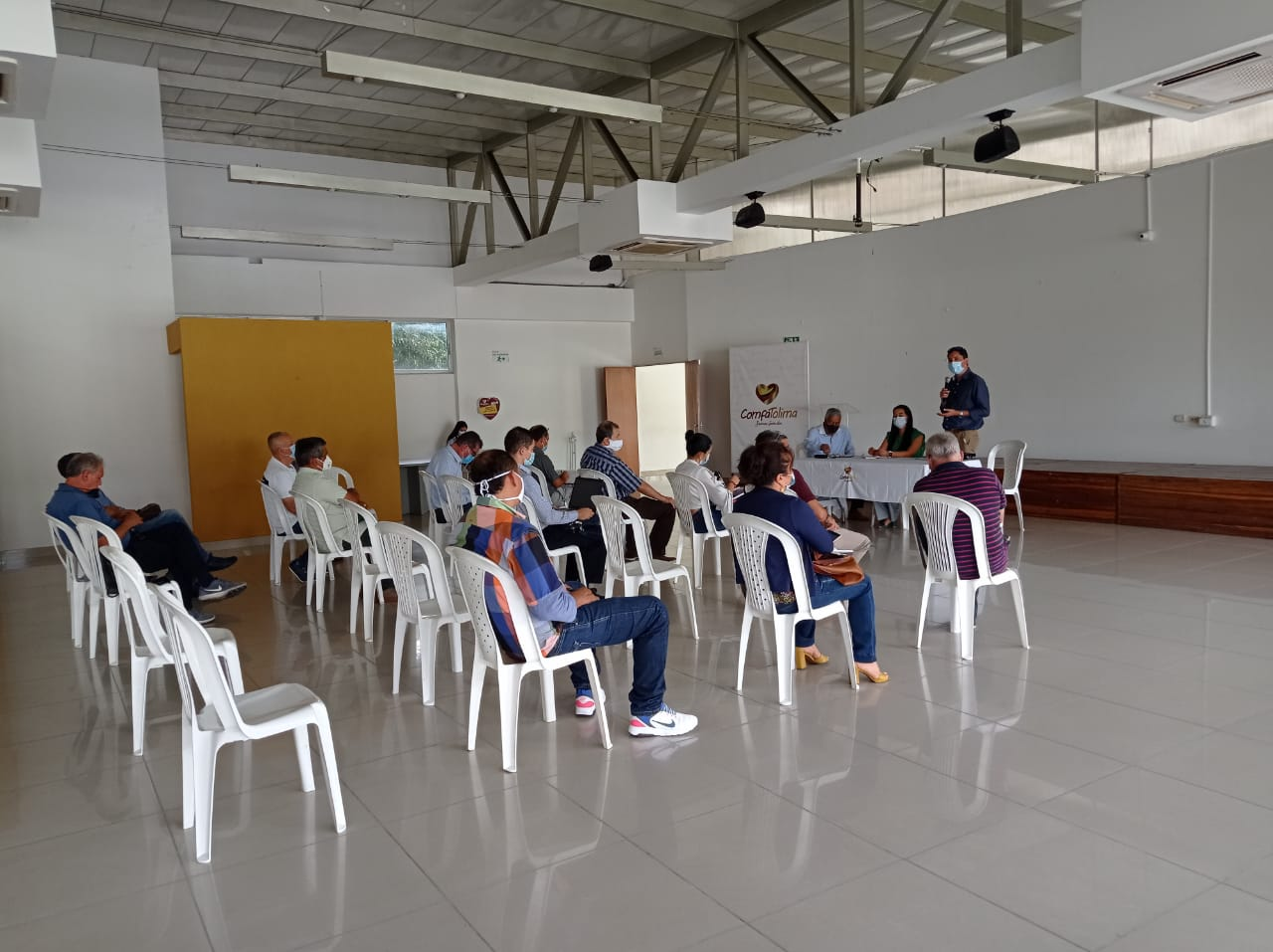 Alcaldía y transportadores definen estrategias para mejorar la prestación del servicio en Ibagué