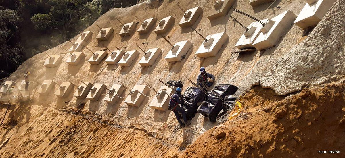 Satisfactoriamente avanzan las obras de estabilización del sector crítico de Bellavista en la vía Calarcá - Cajamarca
