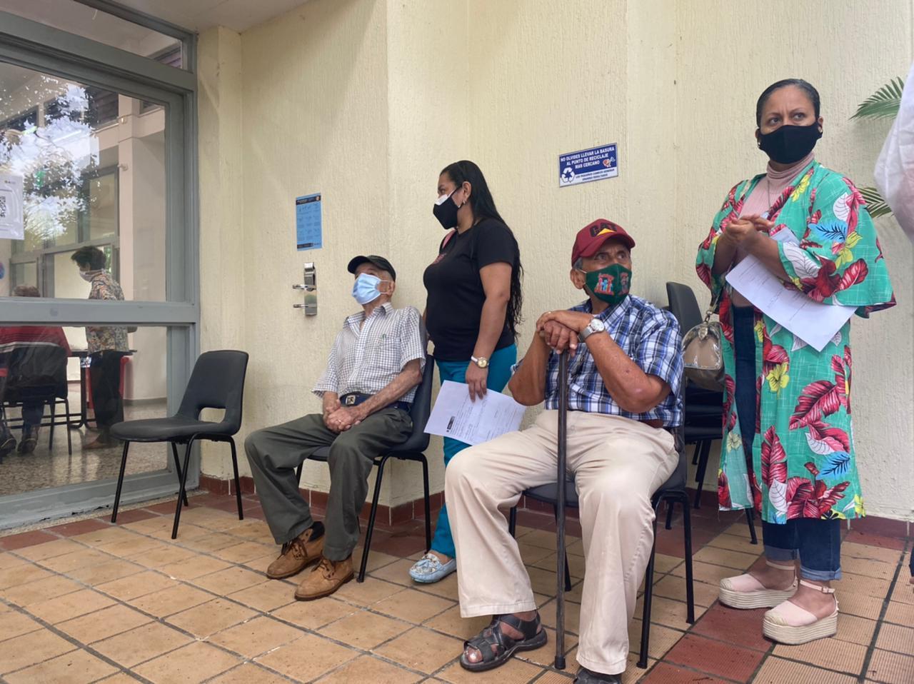 Inicia la vacunación contra el Covid-19 en las jornadas de 'Alcaldía al Barrio'