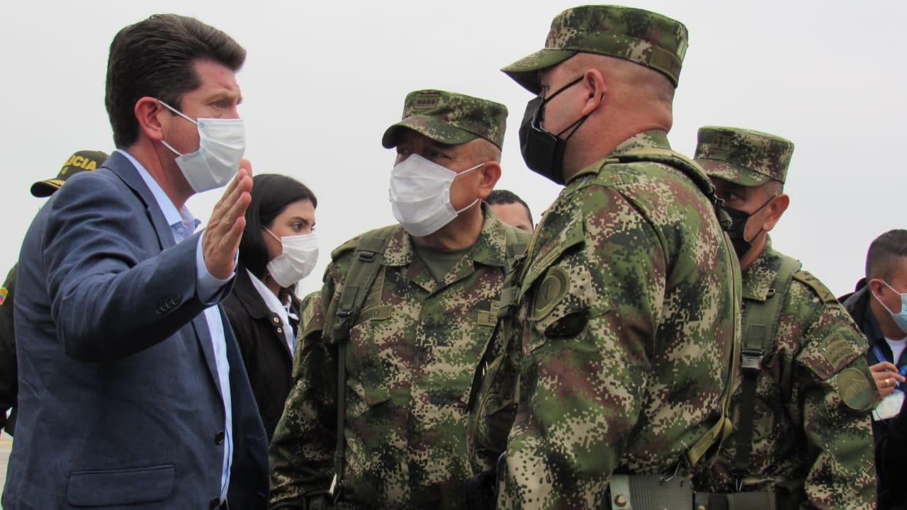 Visita de la cúpula militar en Ibagué resaltó el trabajo de los soldados de la Sexta Brigada