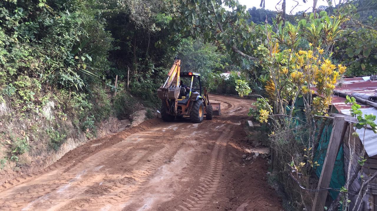 Inician los trabajos de mejoramiento vial en San Bernardo y San Juan de la China