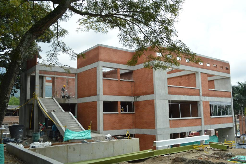 Más de 28.000 estudiantes se beneficiarán con la nueva infraestructura educativa en Ibagué