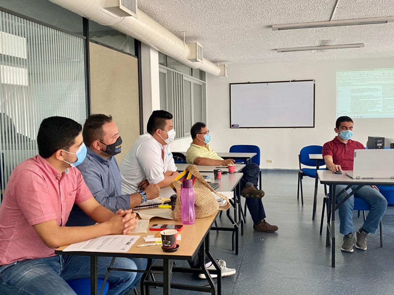 Vendedores informales de Ibagué tendrán política pública que les garantizará mejores condiciones de vida