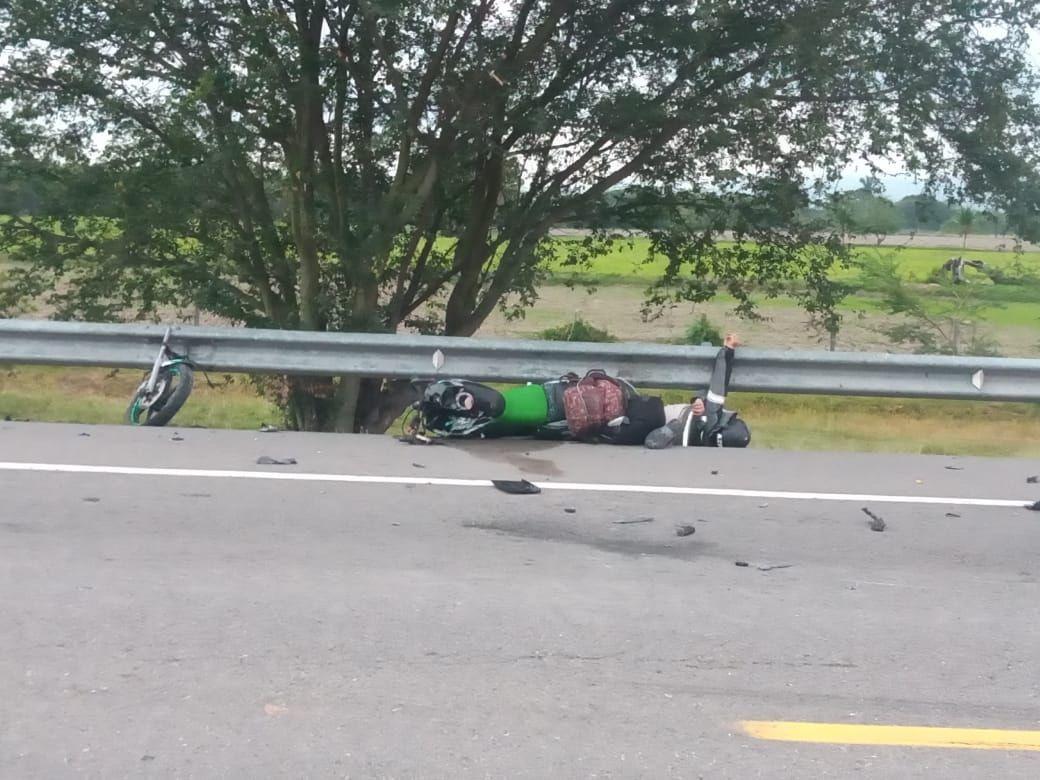 Motociclista pereció en accidente en la variante del Espinal