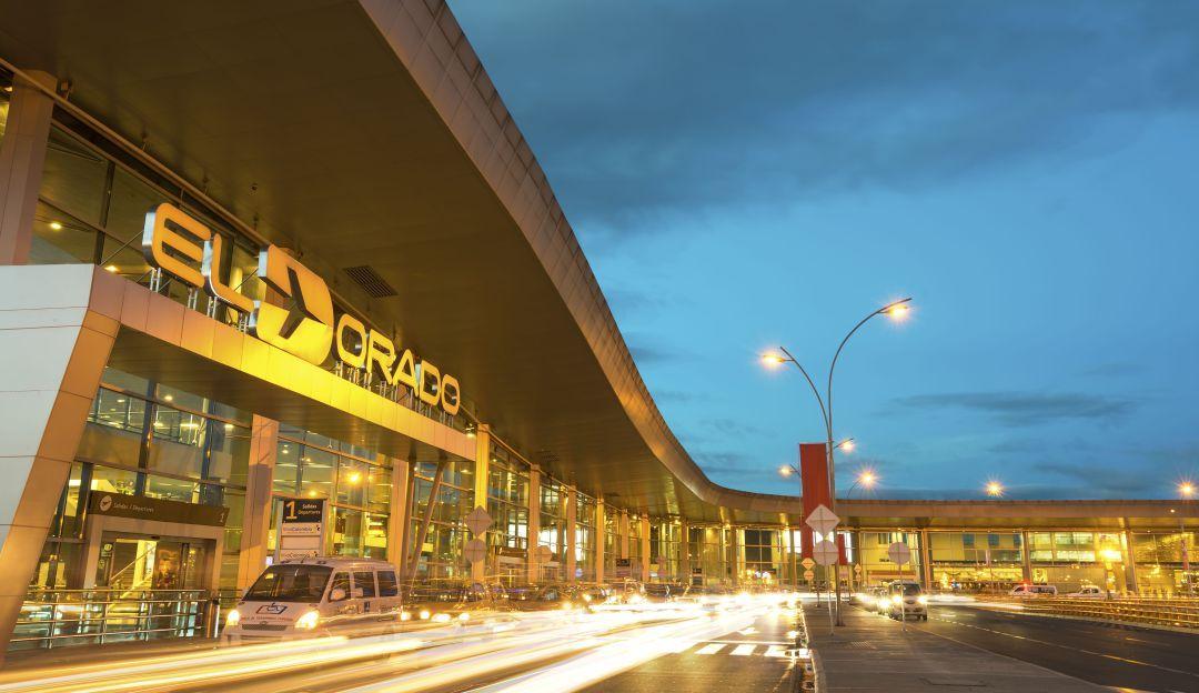 Investigan la muerte de un detenido en el aeropuerto El Dorado de Bogotá