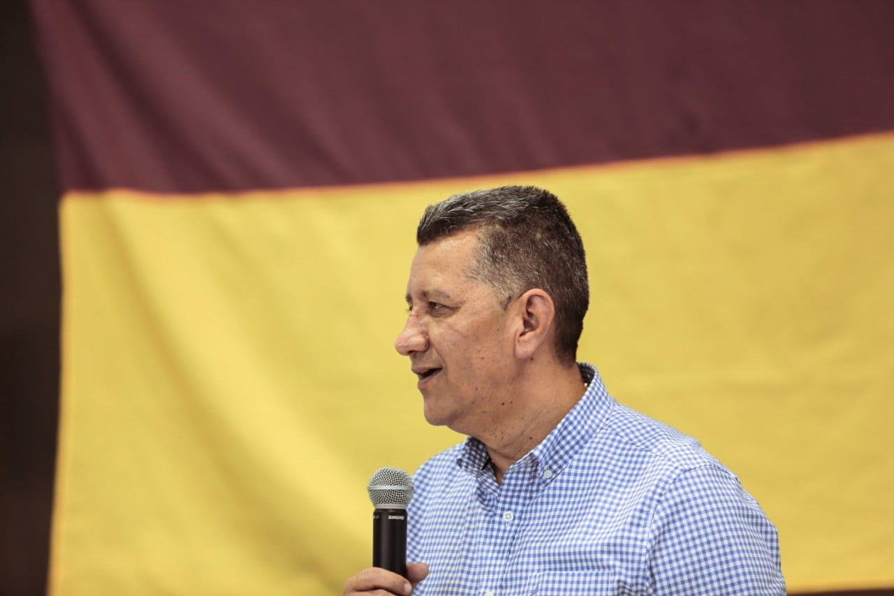 Gobernador Orozco ratifica la pavimentación de los principales ejes viales del Oriente tolimense