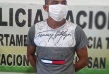 Aseguran en prisión a un hombre por violencia intrafamiliar agravada
