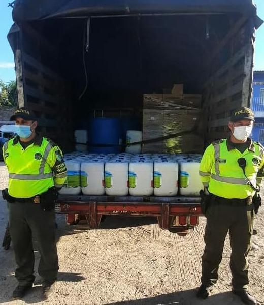 Policía del Tolima recuperó camión cargado con insumos de lubricantes para motores