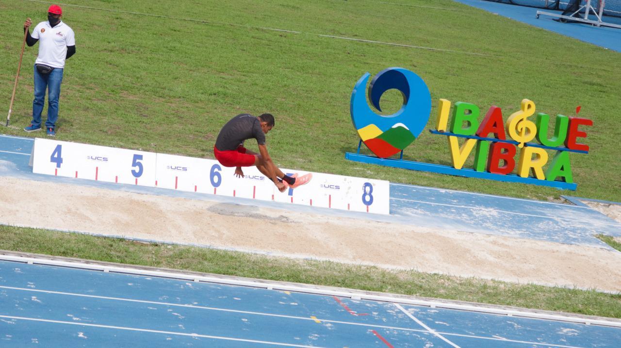 Valle se quedó con el título del Campeonato Nacional de Atletismo de Mayores