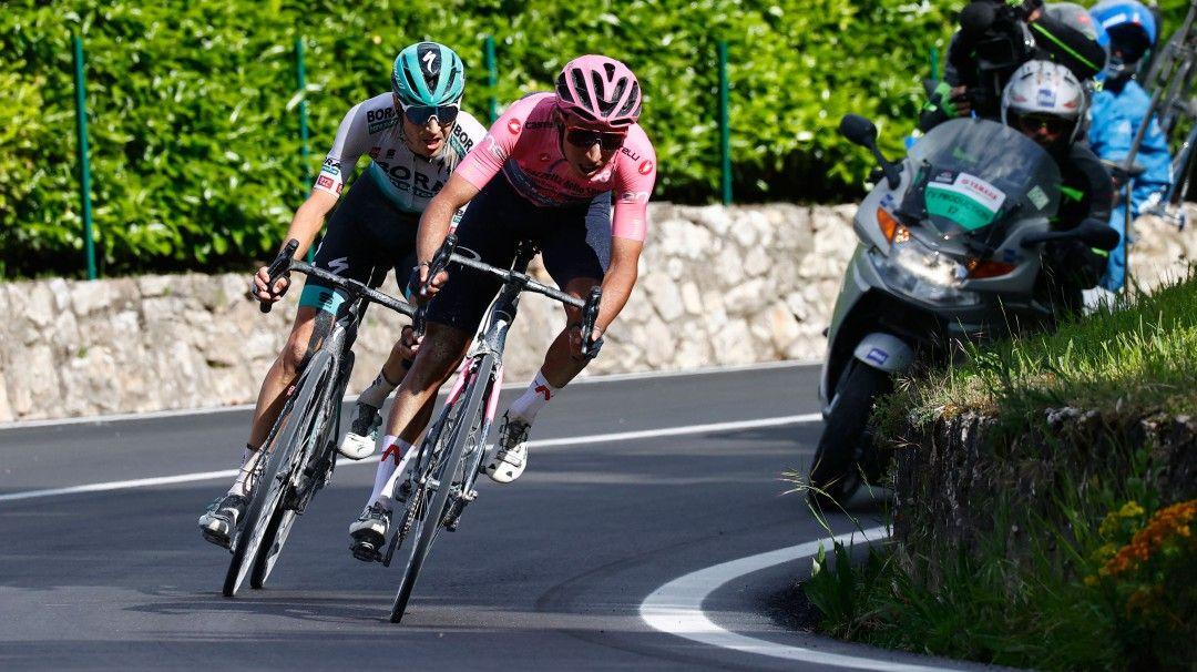 Egan Bernal ganó etapa y se afianzó en liderato del Giro de Italia