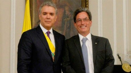 Es inminente la renuncia del ministro de Hacienda, Alberto Carrasquilla