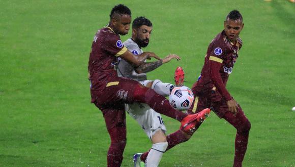 Deportes Tolima viajará desde Lima a Argentina para jugar ante Talleres el martes