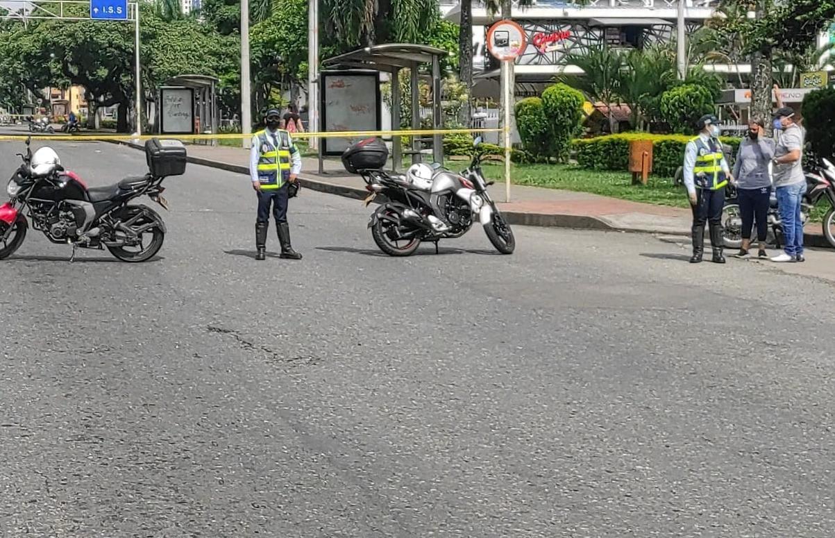 Agentes de Tránsito siguen controlando la movilidad en las manifestaciones en Ibagué