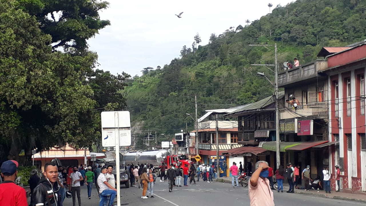 Habilitan vía Cajamarca - Alto de La Línea