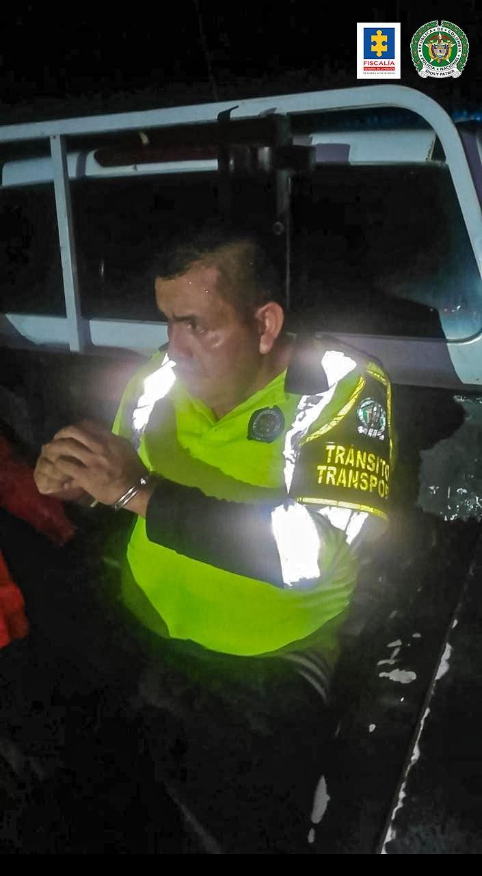 Cárcel para el hombre que se hacía pasar por Policía de Tránsito y Transporte