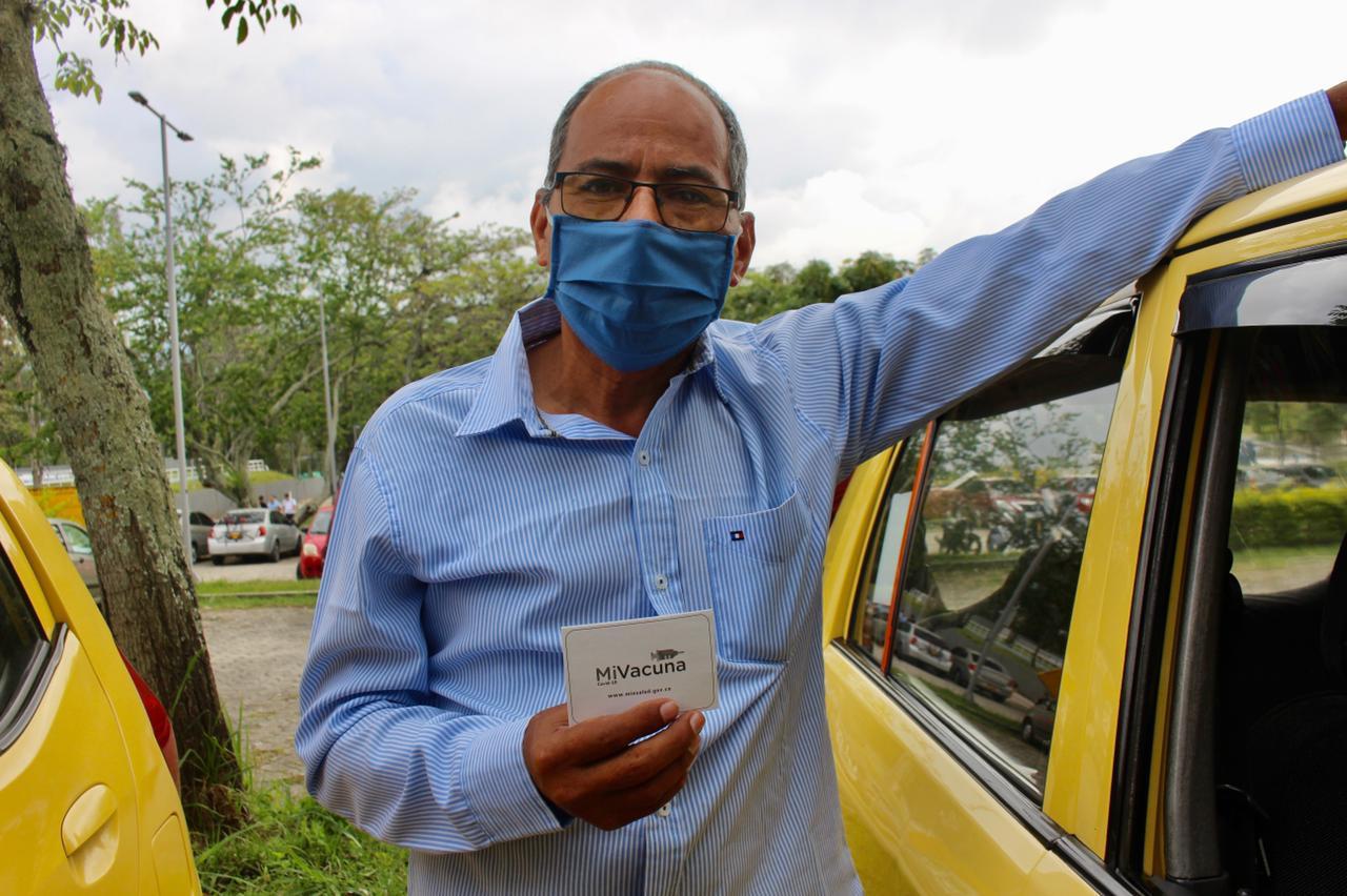 Más de 400 taxistas se vacunaron contra el Covid-19 en Ibagué