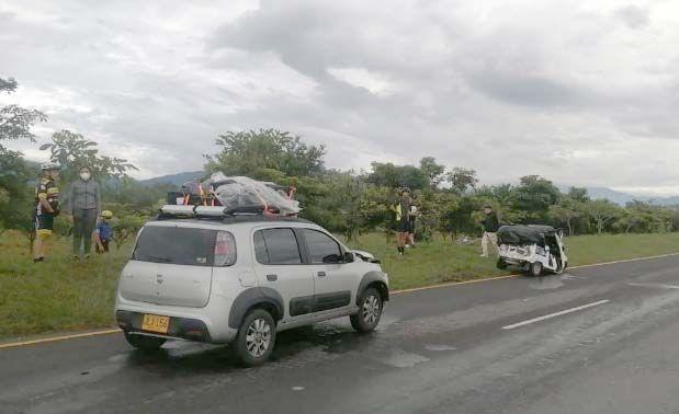 Pasajera de moto taxi perdió la vida en accidente cerca a la glorieta El Rodeo