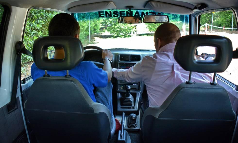 Niegan demanda que pretendía tumbar controles a escuelas automovilísticas