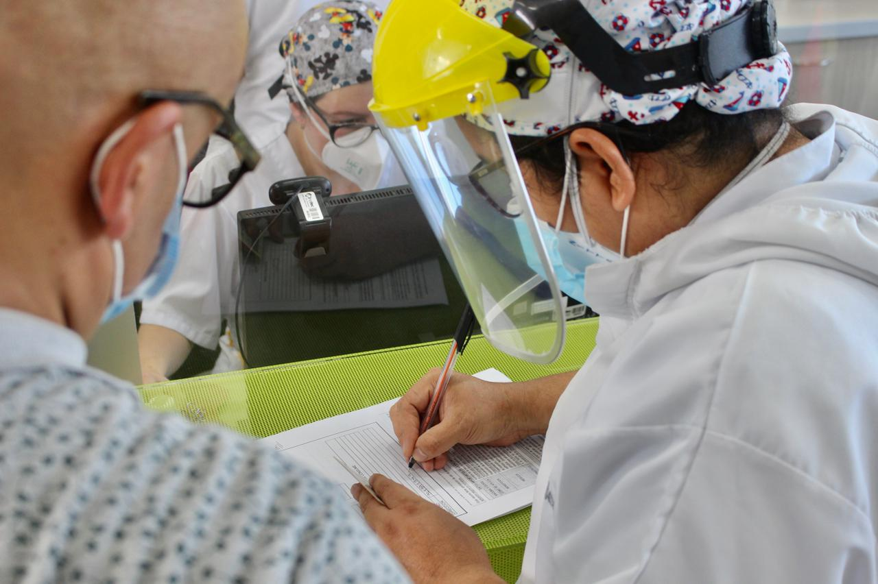 Conozca los puntos habilitados para vacunación contra el Covid-19 a personas mayores de 50 años