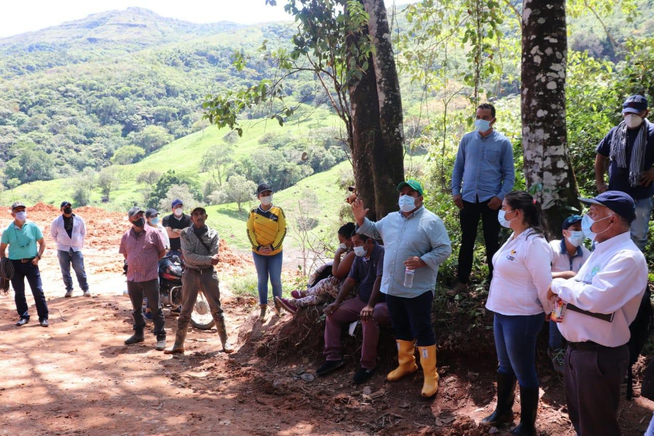 Plan de acción a comunidad de Dolores en torno a la intervención de la vía hacia Prado en el sector del Calvario