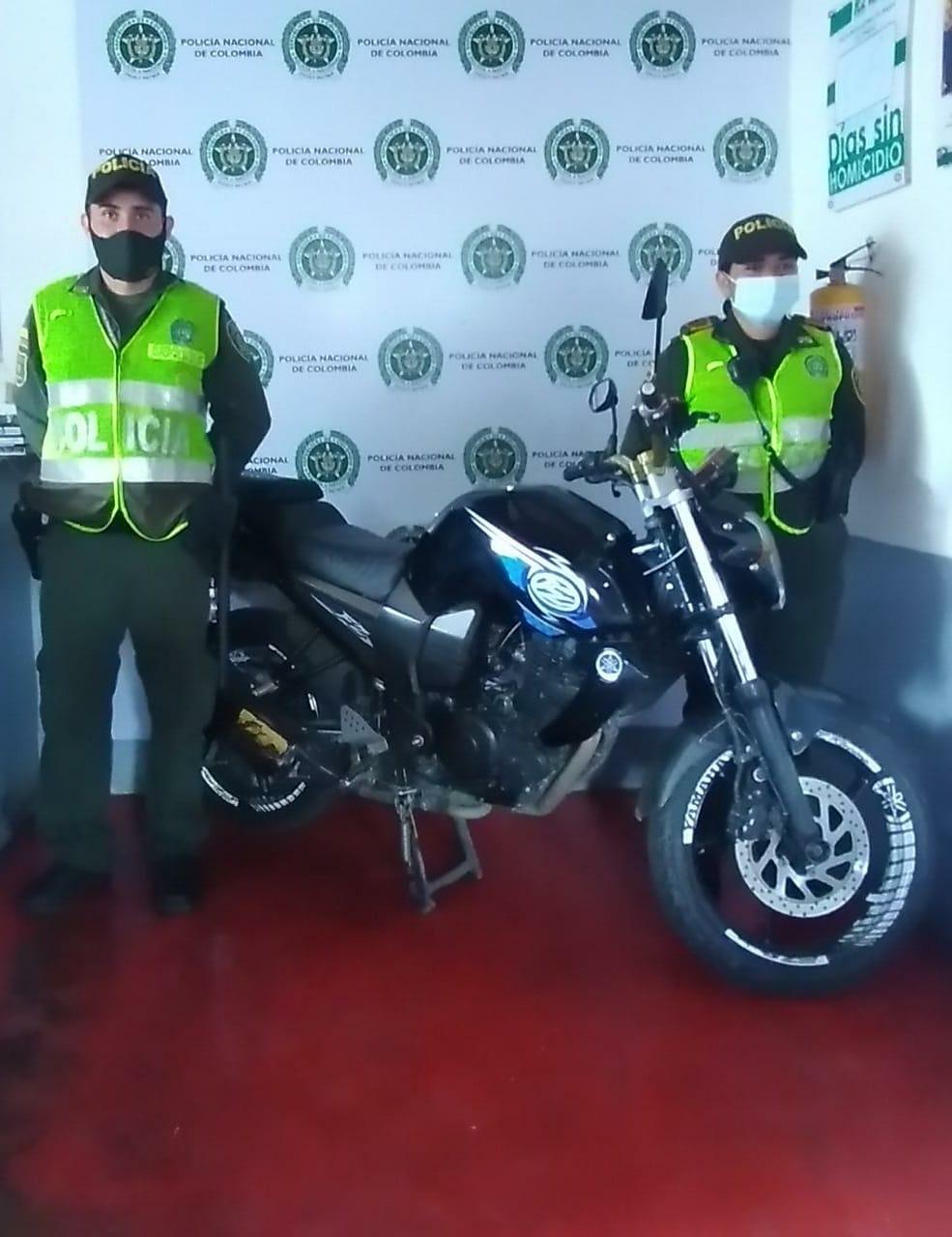 Policía recuperó dos vehículos y cuatro motos robadas en Cali, Bogotá, Facatativá e Ibagué