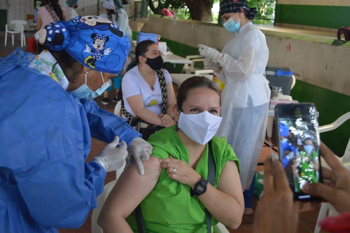 En total, 3.600 funcionarios del sector educativo fueron vacunados contra el Covid en Ibagué