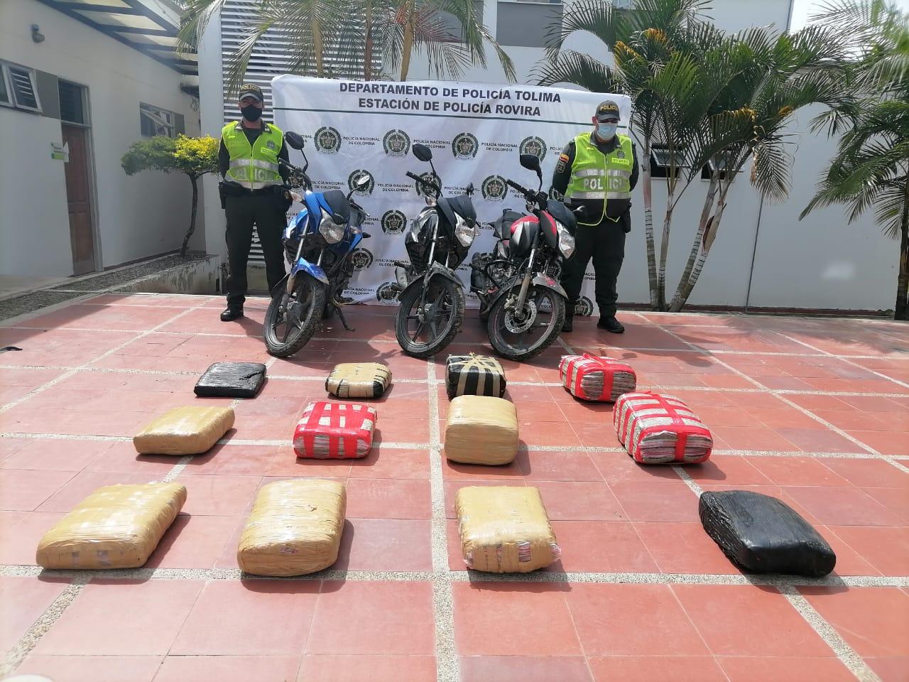 Policía incautó tres motos y 81 kilos de marihuana en Valle de San Juan