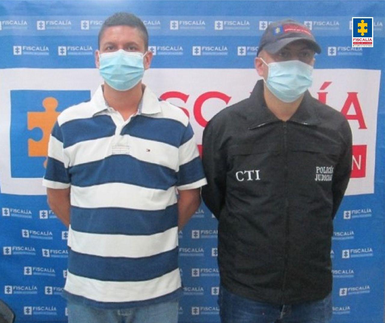 Capturadas dos personas para cumplir condena por porte de armas de fuego en el Tolima