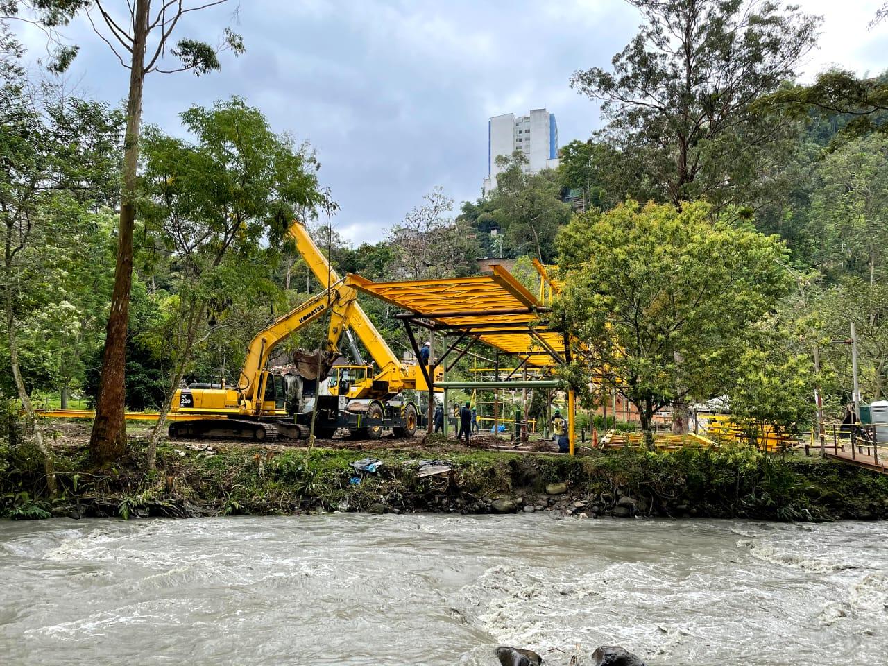 Ibal finalizó instalación del viaducto más importante del acueducto complementario
