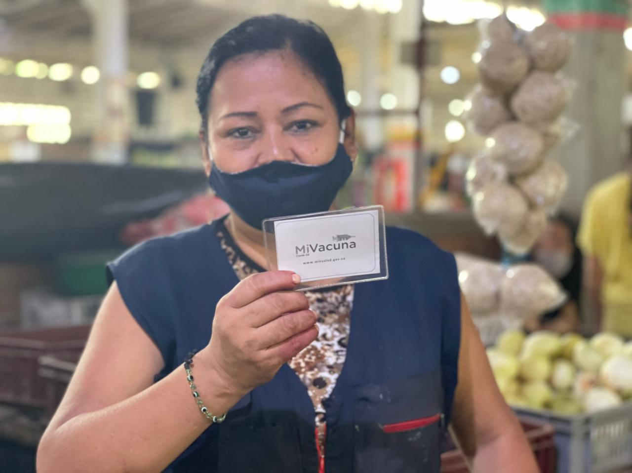Trescientos comerciantes de la Plaza El Jardín fueron vacunados contra el Covid